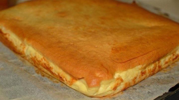 Szemkápráztató túrós kevert tészta, igazán mennyei és ínycsiklandozó desszert!