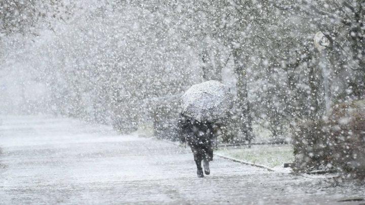 Friss előrejelzés: Ezeken a területen lehet holnap havazás