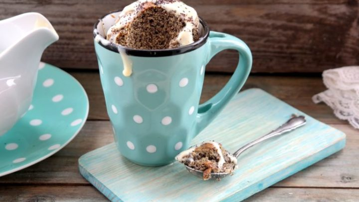 Egy mennyei cukor mentes csoda: Mákos bögrés süti a legújabb fogyós kedvenc