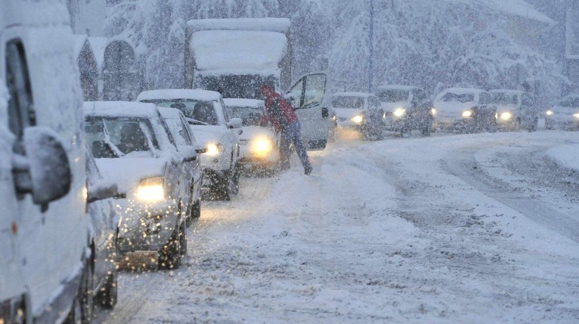 Igen durvára vált a tél, kiadós havazás, hófúvás is érkezhet