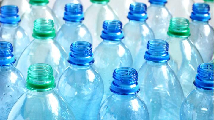 Hánykolódik otthon egy csomó műanyag palack? Ne dobd ki őket, hasznosítsd inkább újra ezeket