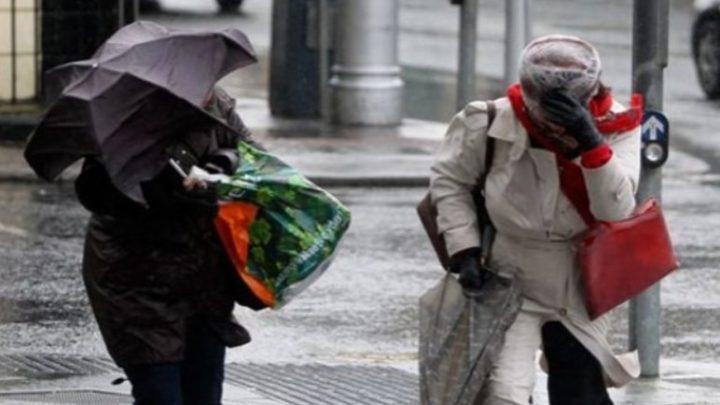 Friss: Az OMSZ 13 járásra adott ki figyelmeztetést a durva szél miatt