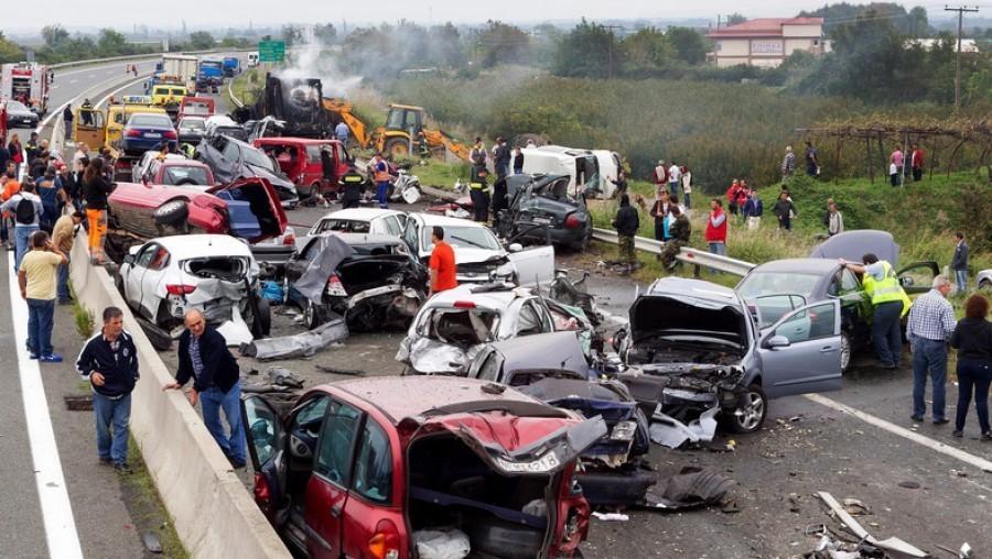 NEM RÉG ÉRKEZETT: Súlyos tömegbaleset történt az M3-as autópályán – közel 6 km-es a torlódás, 2 óra az átjutási idő.