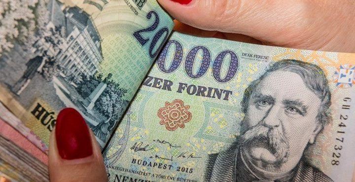 Hatalmas örömhír: Néhány nap és megnyílnak a pénzcsapok a nyugdíjasoknak