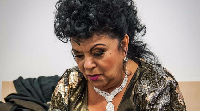 Megdöbbentő hír: Összeomlott a magyar nóták királynőjének háza